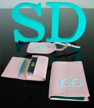 porta-passaporte-personalizado-iniciais