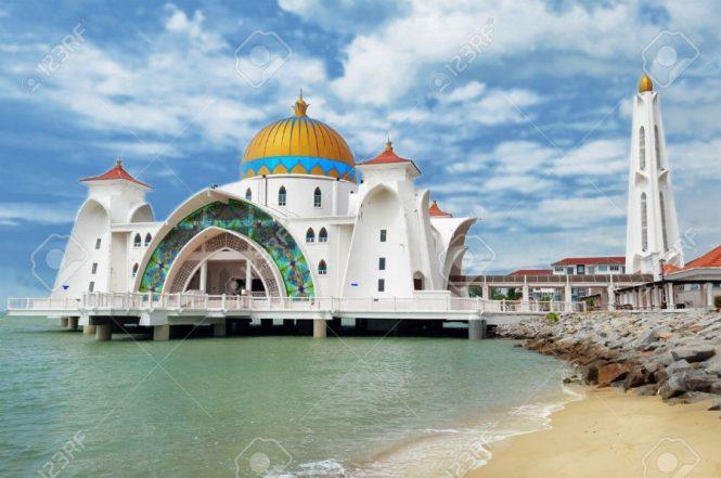 Masjid Malacca Straits