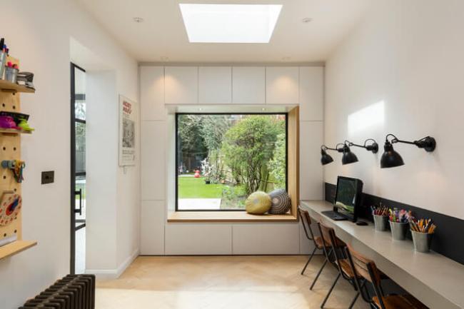 Amazing work office makeover ideas #Deskideas #Smallofficeideas #Officedecoratingideas #Homeofficedecor