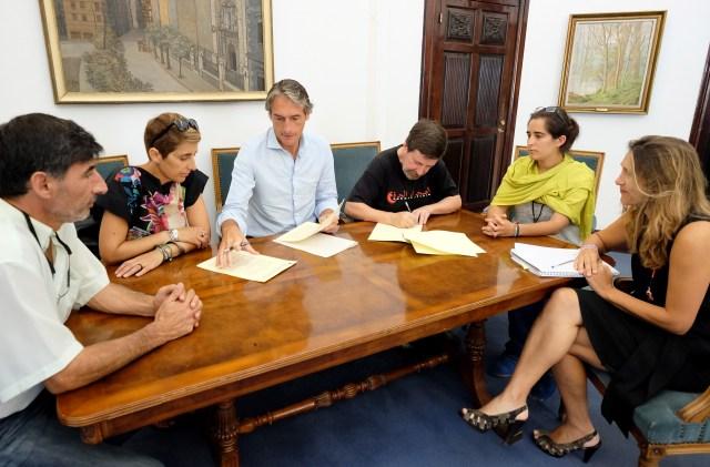 Santander destina 10.000 euros al programa Vacaciones en Paz
