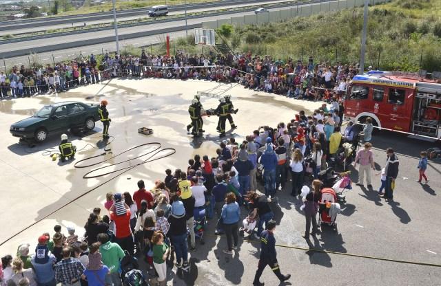 El Ayuntamiento destinará más de 56.000 euros a nuevos equipos y trajes para los bomberos