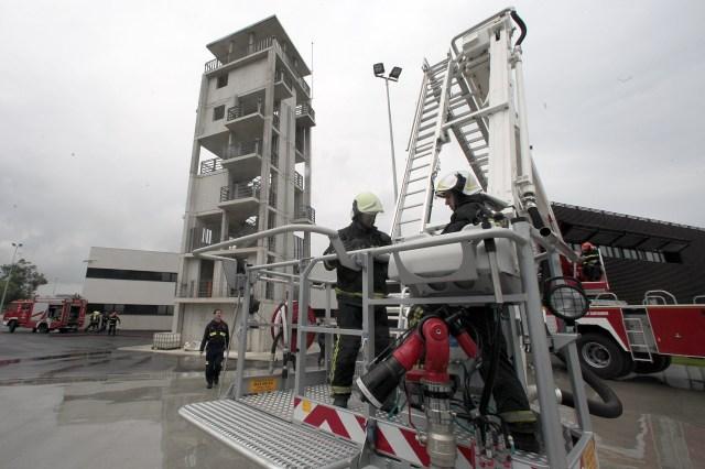 El Parque de Bomberos refuerza su escala de mandos con un suboficial de mantenimiento