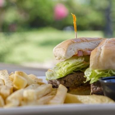 Dining_Mulligans_Burger
