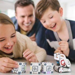 Anki Cozmo Interactive Robot Toy Review-Best STEM Toy For 2018?
