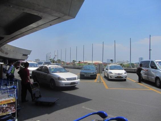pie Manila International airport - The Ninoy Aquino International Airport or NAIA