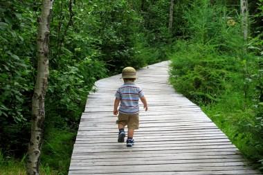 marcher enfant mouvement