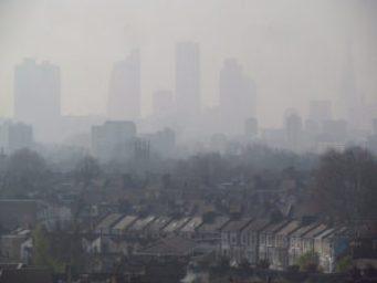 pollution atmosphérique air enfants61