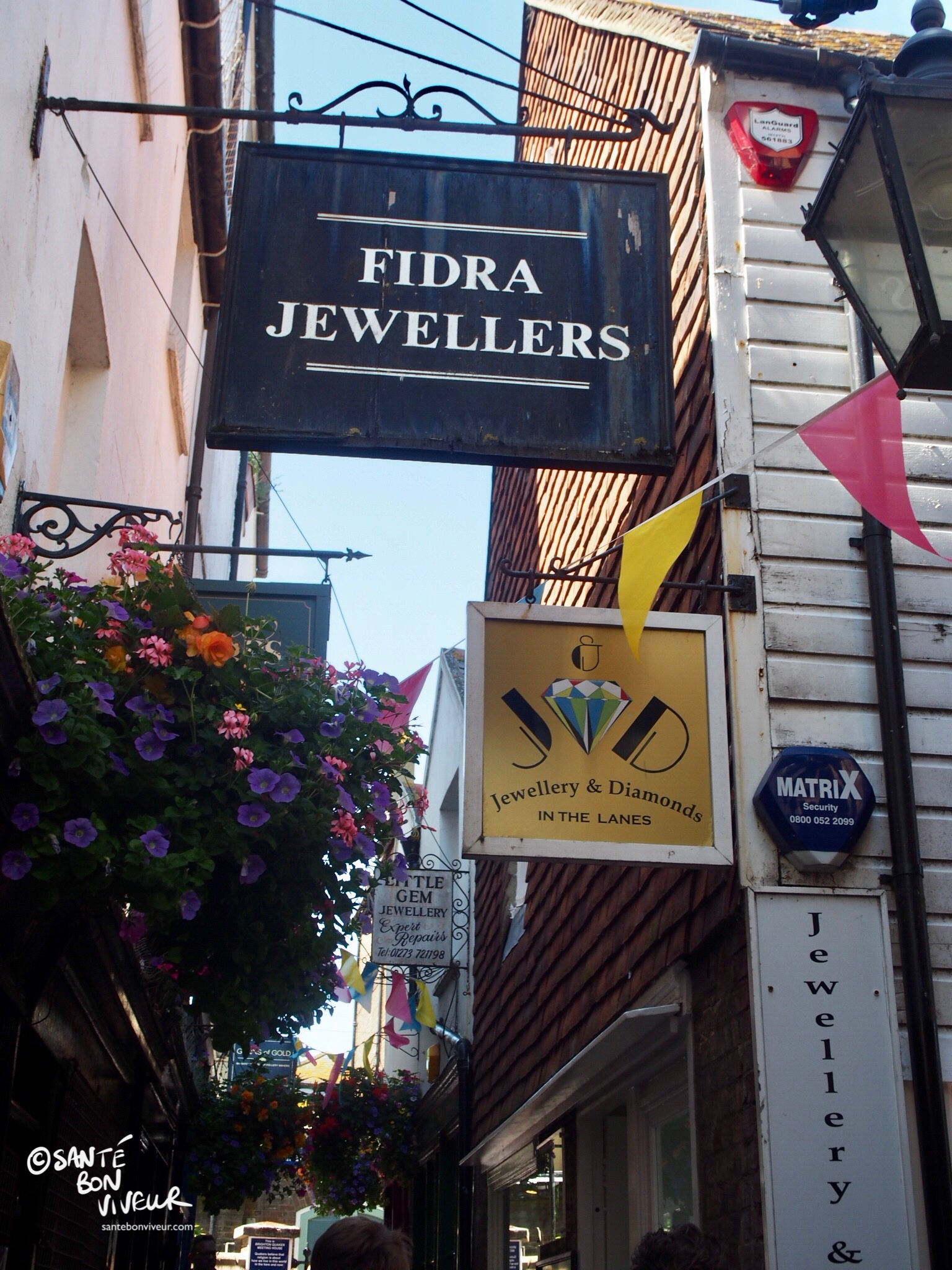 So many antique jewellers in The Lanes