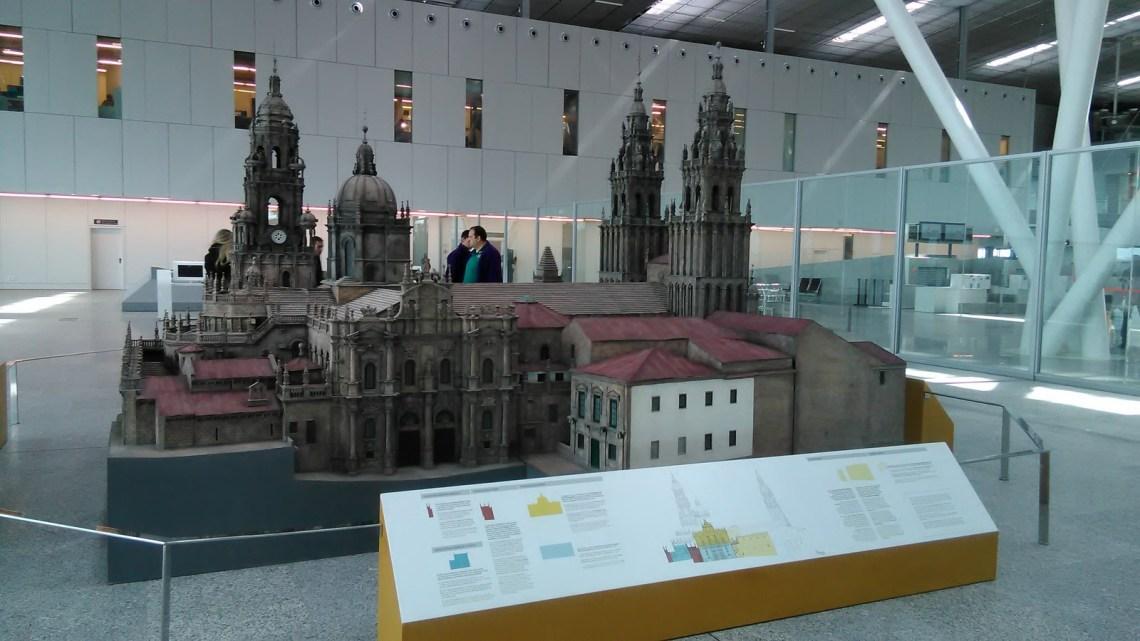 La Catedral de Santiago de Compostela en el aeropuerto