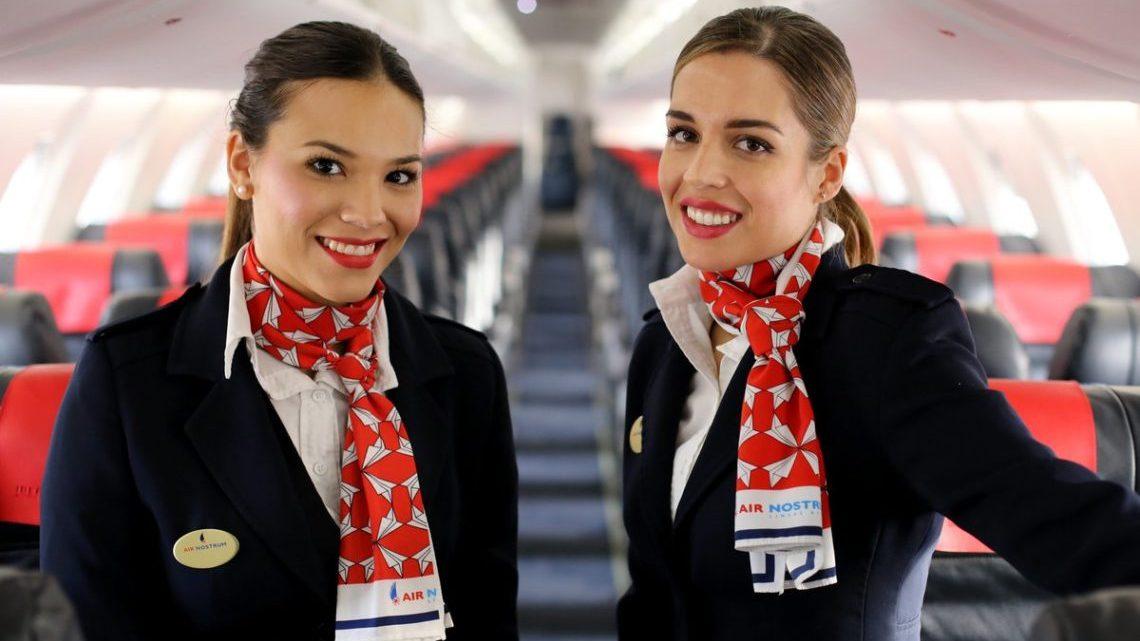 Air Nostrum busca en Santiago de Compostela nuevas tripulaciones