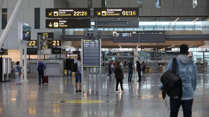 Día de estreno de nuevas rutas en el aeropuerto de Santiago