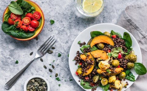 How to stick to a diet: Healthy Food