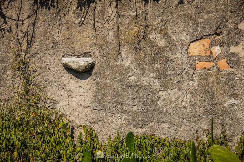 La piedra sobresaliente