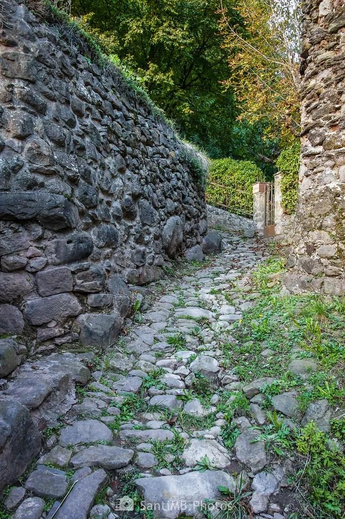 Empinadas calles de piedra