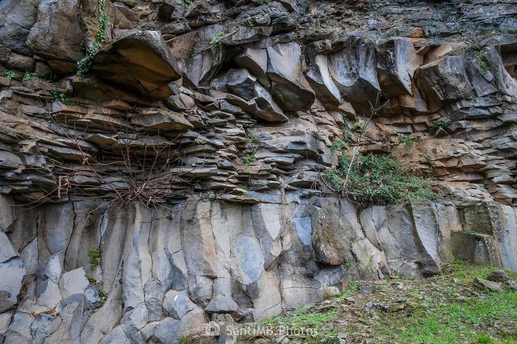 Pared de basalto