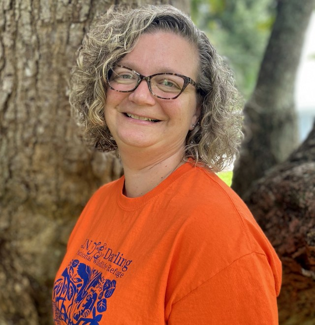 'Ding' STAR Teacher Helps with Environmental Education