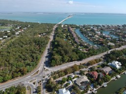 Sanibel roads are nearly empty in April with a 60 percent decrease in the number of vehicles crossing the Sanibel Causeway compared to the same month last year. SC photo by Chuck Larsen