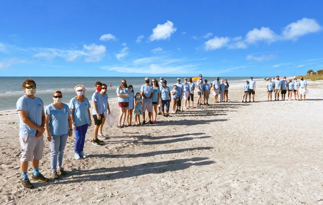 Bank of the Islands' Team of 30 Joins SCCF's Coastal Cleanup