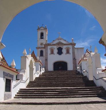 Escadaria da igreja de Santo António dos Olivais