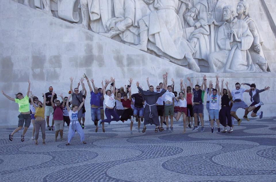 Jovens e frades frente ao padrão das descobertas, Belém, Lisboa