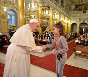 Encontro do Papa Francisco com refugiados do Iraque e da Síria, na Turquia, 30 de novembro de 2014. EPA/OSSERVATORE ROMANO