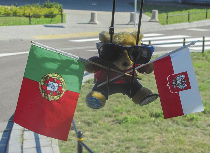 Bandeiras de Portugal e Polónia. Foto MSA.