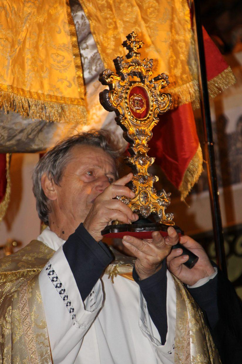Igreja de Santo António dos Olivais, procissão, 13 Junho 2019 - Relíquia do Santo