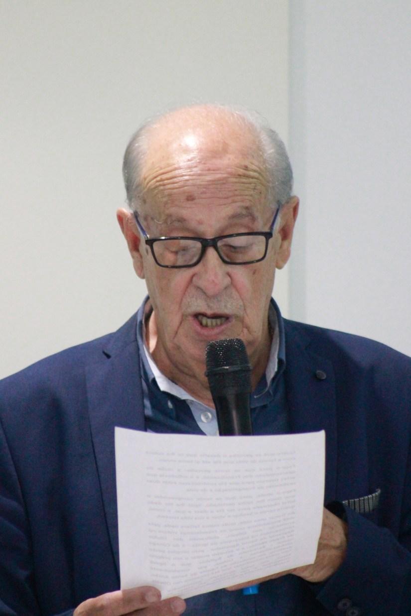 """Francisco Andrade apresenta o seu livro """"O Nascimento de Frade Menor 'António' em 1220, nos Olivais em Coimbra""""."""