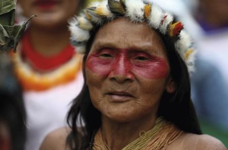 Mulheres waoranis no Dia Internacional da Mulher, em Quito, Equador, 8 de março de 2020. EPA / Jose Jacome.