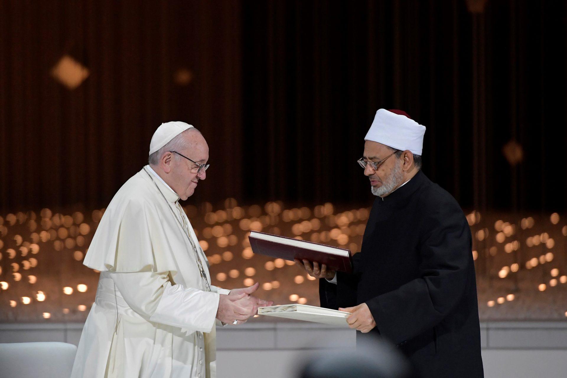 Viagem Apostólica do Papa Francisco aos Emirados Árabes Unidos para participar na Reunião inter-religiosa no Memorial do Fundador, 4 de fevereiro 2019.