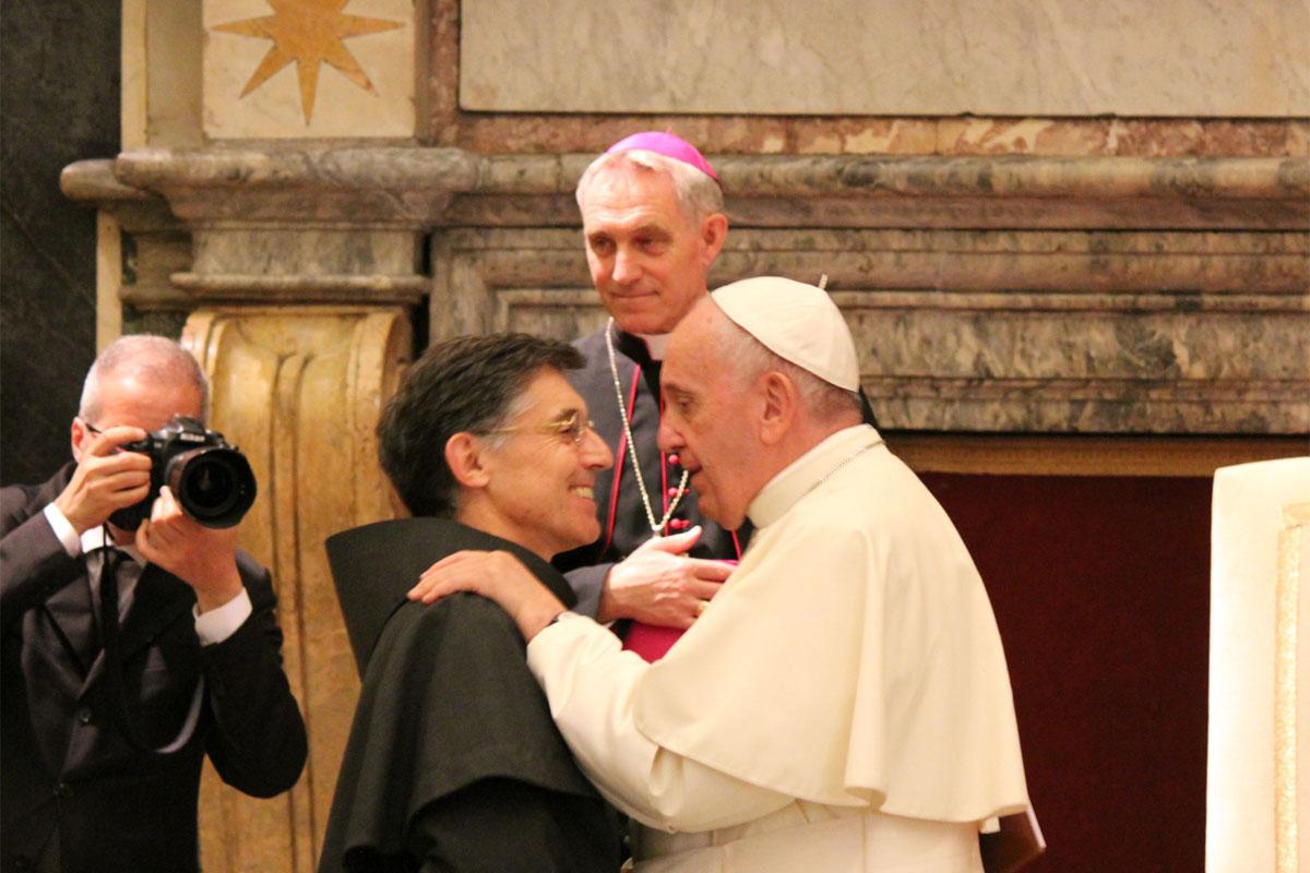 Papa Francisco com Frei Carlos Trovarelli, Ministro Geral dos Frades Menores Conventuais.