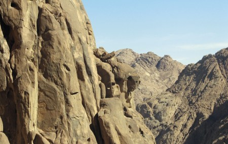 Monte Horeb, na península do Sinai, Abrahan, Wikimedia Commons