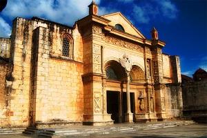santo-domingo-tour-Cathedral Of Americas
