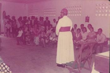 Ramah tamah Bapa Uskup dengan umat Curugsewu