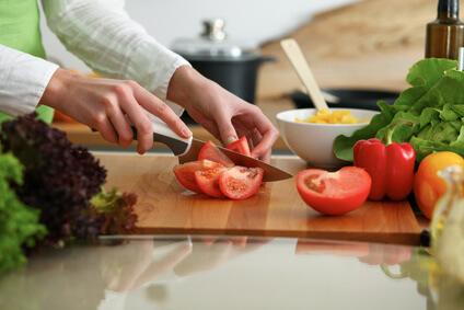 Gemüse schneiden: Tipps, Techniken & Schnittformen