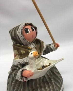 Femme à l'oie santons de provence