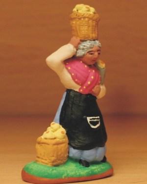 Marchande de picons santons de provence