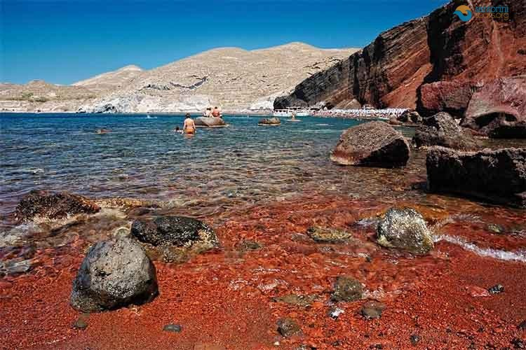 Santorini-Red-Beach