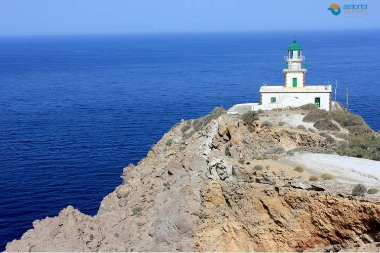 santorini-lighthouse-1
