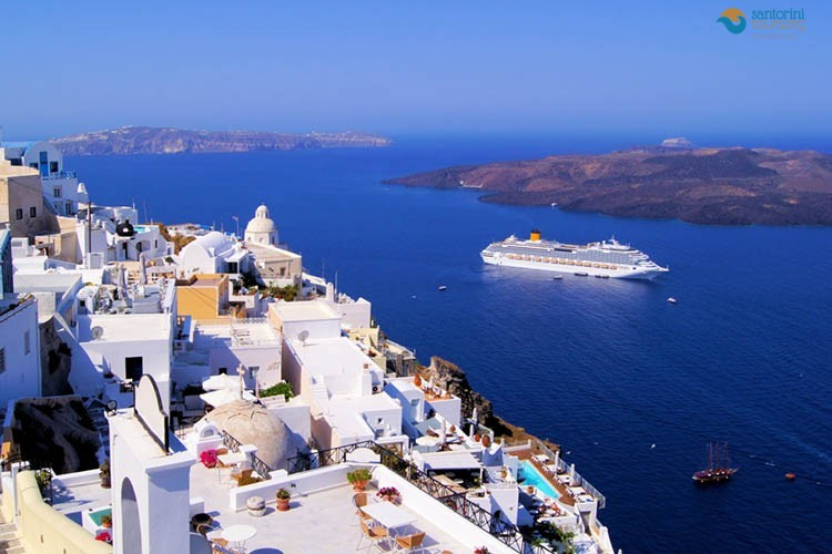 fira-santorini-private-guided-tour