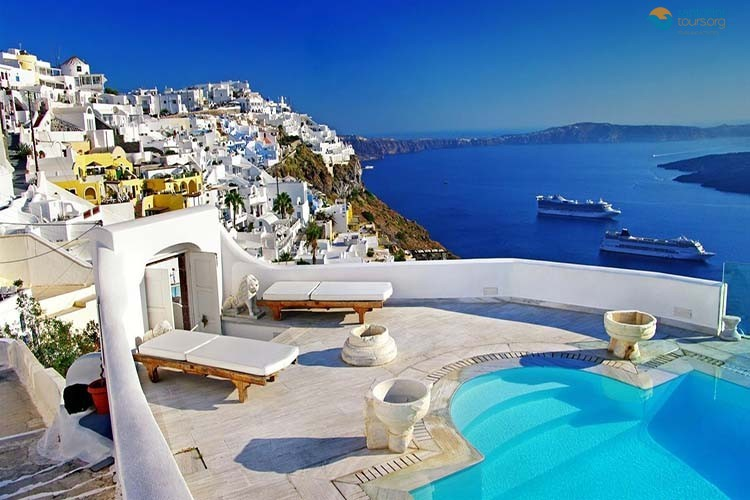 idyllic-isles-of-Greece