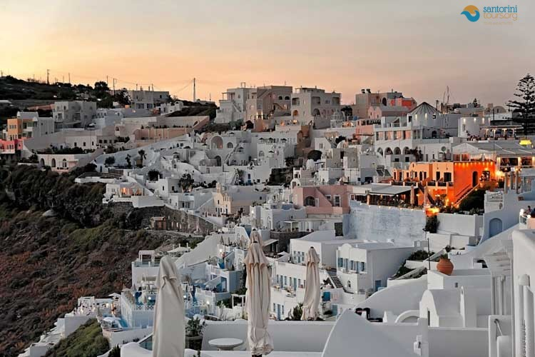 FIROSTEFANI-SANTORINI-PRIVATE-GUIDED-TRANSFERS