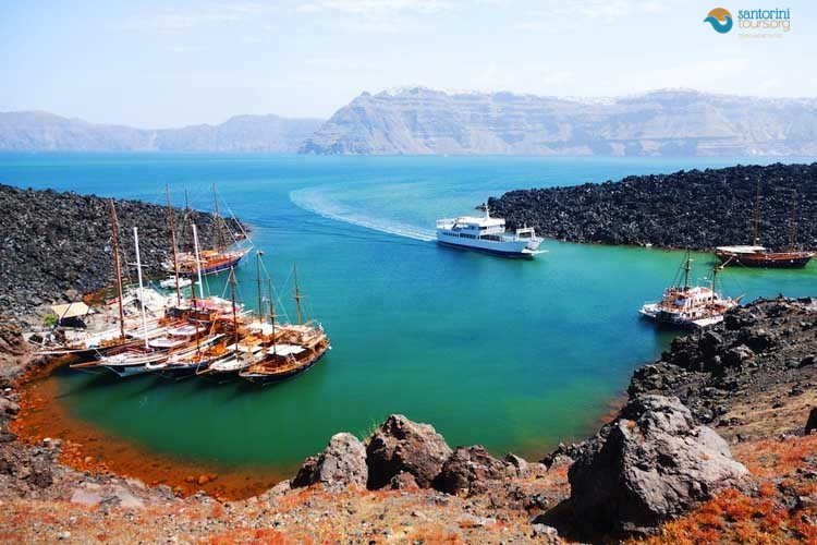NEA-KAMENI-SANTORINI-GUIDED-PRIVATE-TRANSFERS