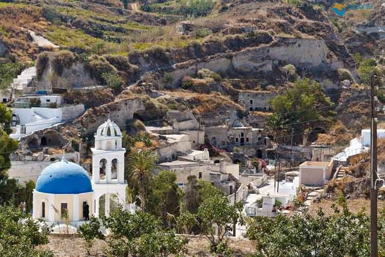 VOTHONAS-SANTORINI-PRIVATE-GUIDED-TRANSFERS