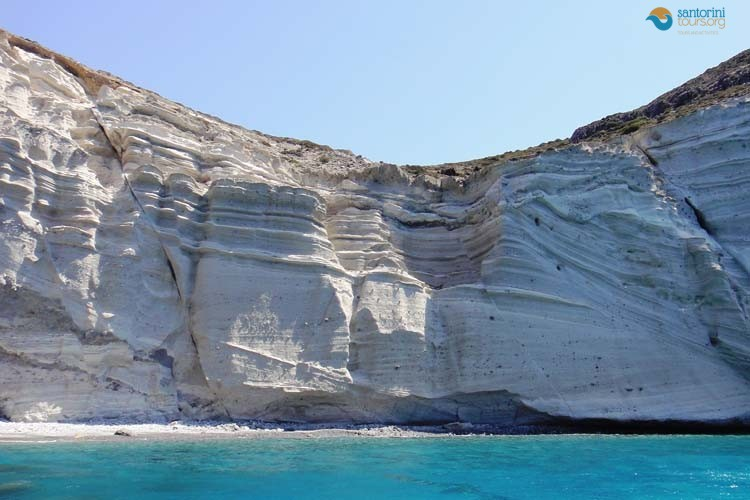 WHITE-SAND-BEACH-SANTORINI-GUIDED-PRIVATE-TRANSFERS