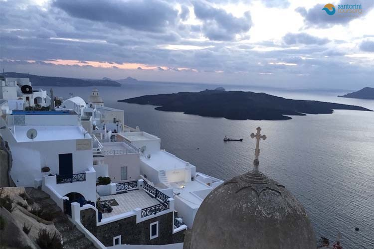 winter-in-santorini-why-you-have-to-visit-santorini-during-winter-1