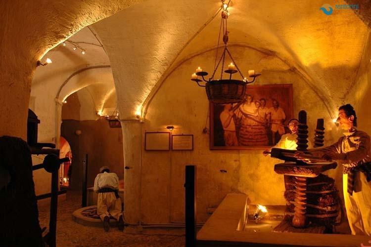 the-wine-museum-of-santorini-2