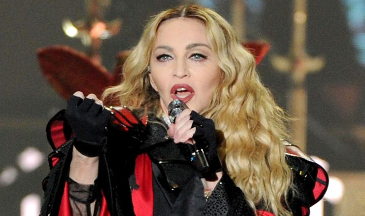 skynews-madonna-performing_4633614