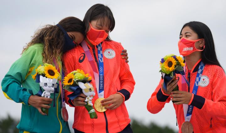 Rayssa-Leal-ganha-premio-de-melhor-Espirito-Olimpico-de-Toquio