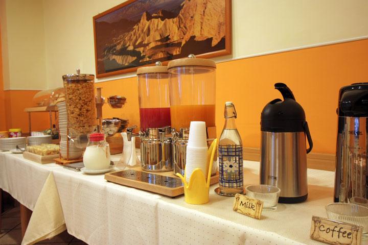 on sale c6bcc 400fb Sala colazione   Dining room ...